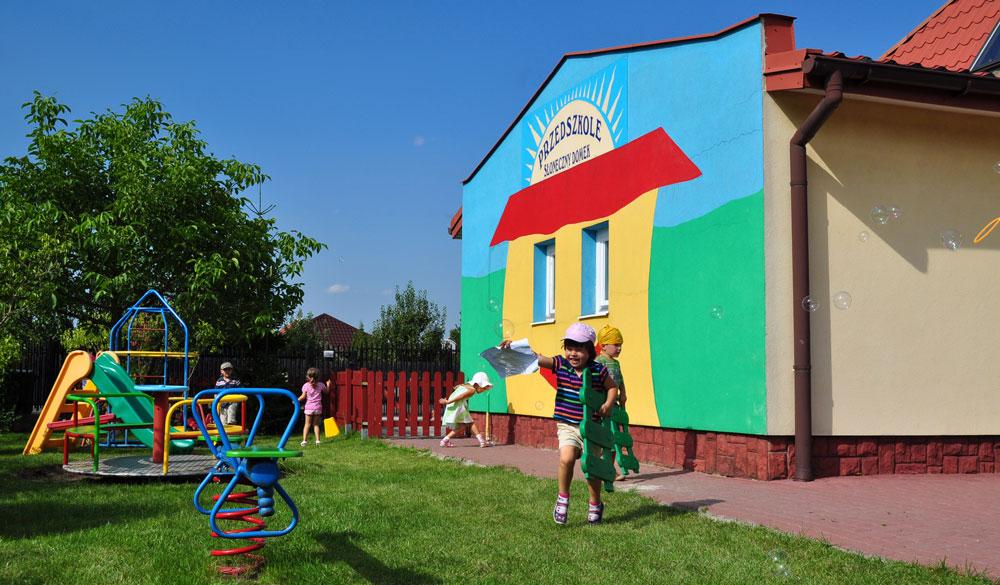 Niepubliczne Przedszkole Słoneczny Domek - przyjazne miejsce dla przedszkolaków w Starych Babicach, Lipkowie i Izabelinie