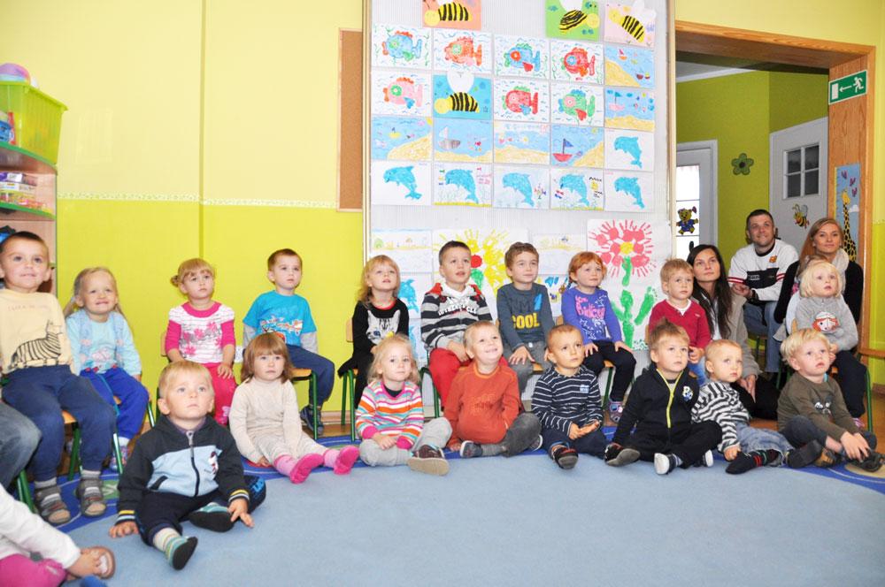 Niepubliczne Przedszkole Słoneczny Domek realizuje program edukacyjny przygotowujący dzieci do dalszej nauki.